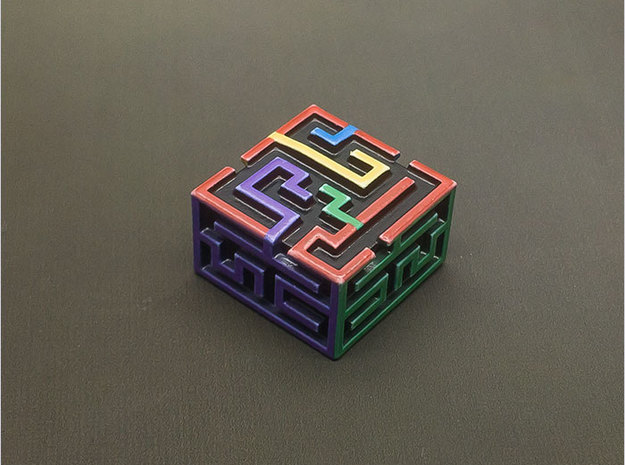 Maze KeyCap in Frosted Extreme Detail