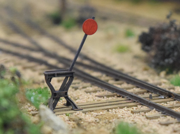 Harp Switch Stand - Flat top with 4 legs, O Scale