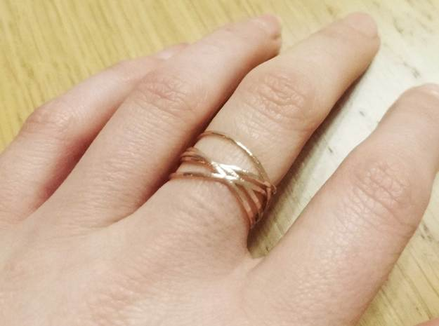 Ring 'Interconnected' / size 6 in Natural Bronze