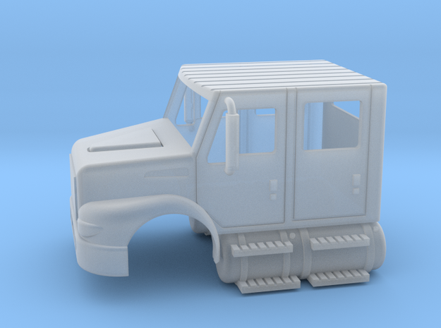 International Day Cab 4 Door W/ Tanks 1-87 HO Scal in Smooth Fine Detail Plastic