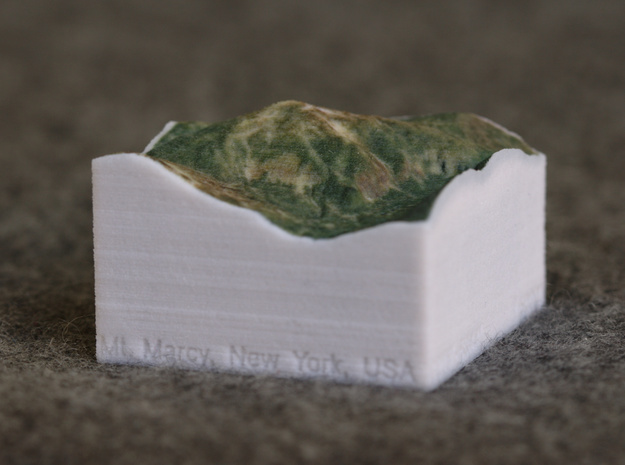 Mt. Marcy, New York, USA, 1:50000 Explorer in Full Color Sandstone
