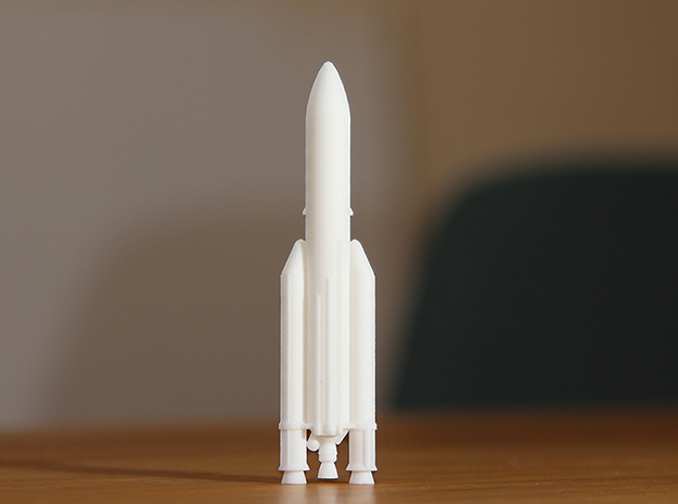 Ariane 5 in White Natural Versatile Plastic: 1:500