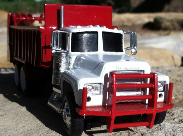 1/64 scale industrial bumper 2 pack in White Acrylic