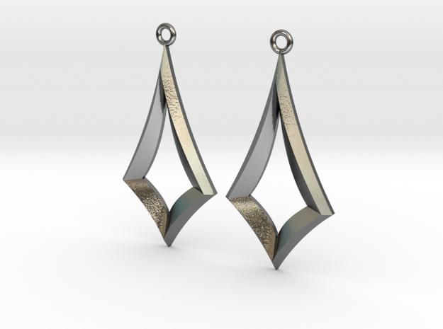 Kite Earrings in Polished Silver