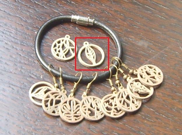Teak Leaf Charm in Polished Bronze