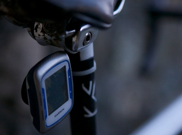 Garmin mount for track cycling 27.2mm 3d printed on the bike