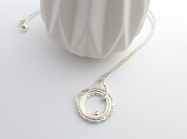 Conception pendant in Polished Silver