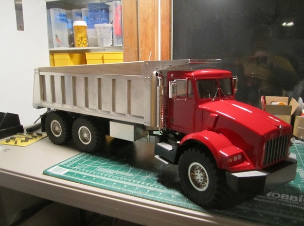 Fenders-Kenworth T800 3d printed Spotted (Thanks too RC builder with code name: KAF343)