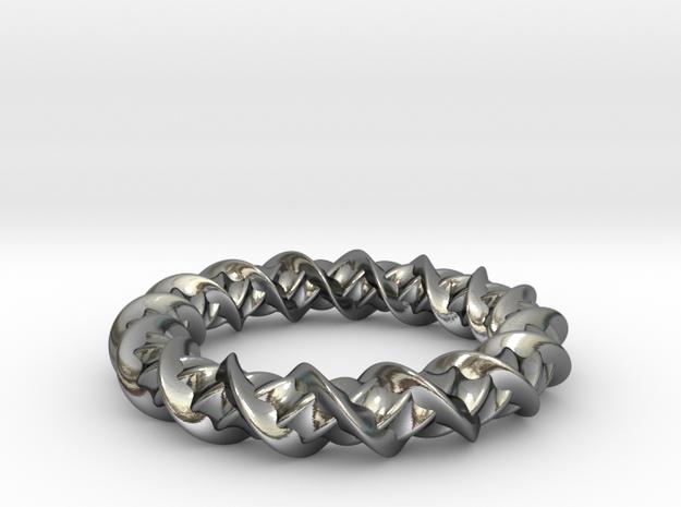 Twistic in Polished Silver: Medium