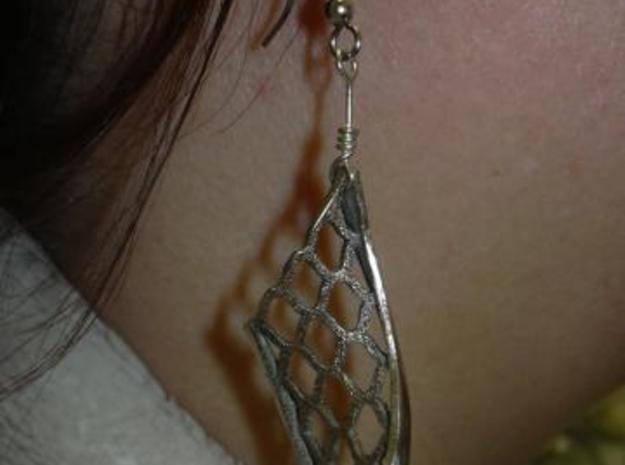 Twisted lattice girder earrings 3d printed Photo - with added eye wire and fishook earwire
