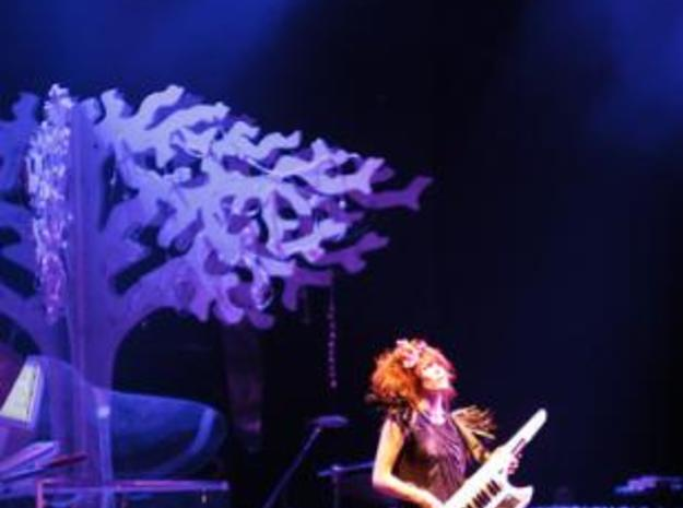 Imogen Heap Tree 3d printed Imogen Heap in concert