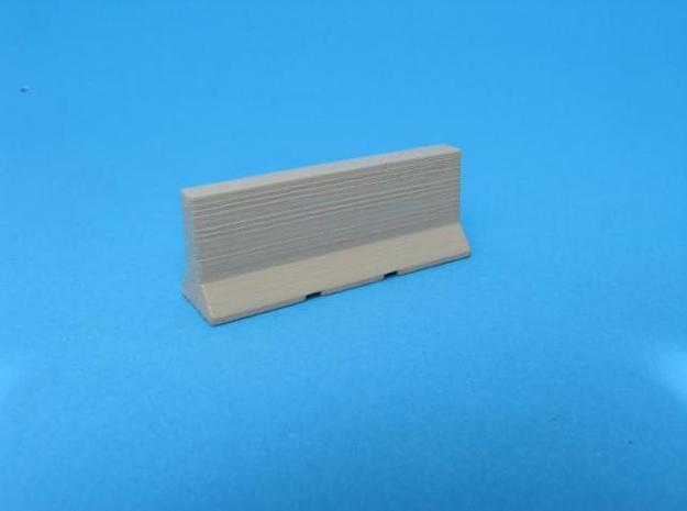HO/1:87 Jersey barrier 3m x10 3d printed Painted