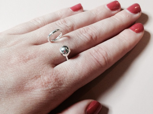 Ball HOOP Ring in Premium Silver: Small