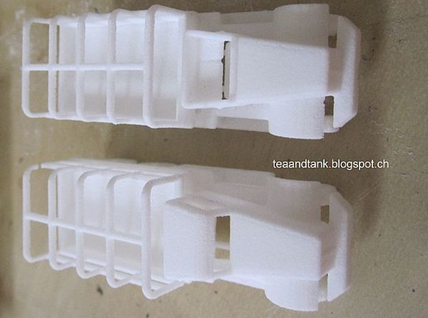 1/144 Diamond T968 truck set of two in White Strong & Flexible
