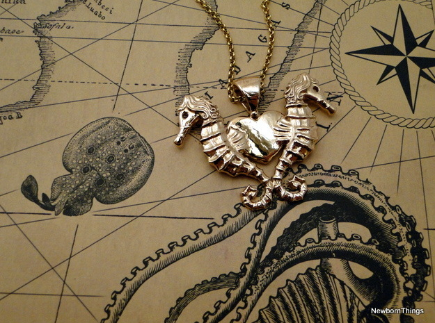 SeahorseLove in Polished Bronze