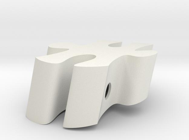 E8 - Makerchair in White Natural Versatile Plastic