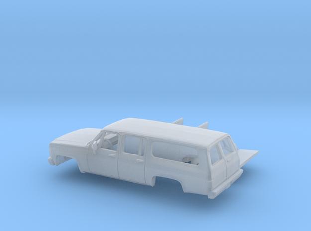 1/87 1973-79 Chevrolet Suburban Split Rear Door Ki in Smooth Fine Detail Plastic