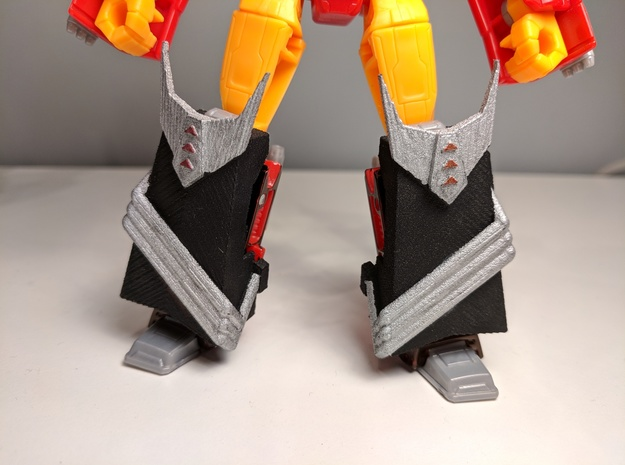 MTMTE/Lost Light Rodimus Leg Armor