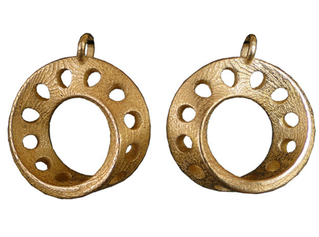 Fantasy-5-EarRings in Polished Gold Steel