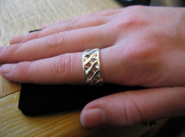 Link Ring 3d printed Printed in Silver Glossy