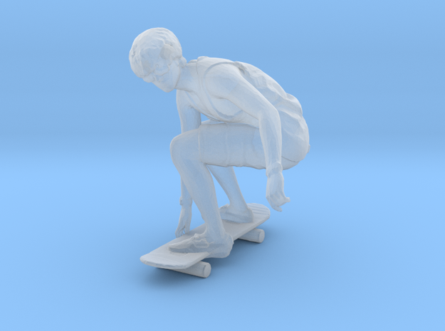 Skateboarding Dan Crouching in Smoothest Fine Detail Plastic: 1:64 - S