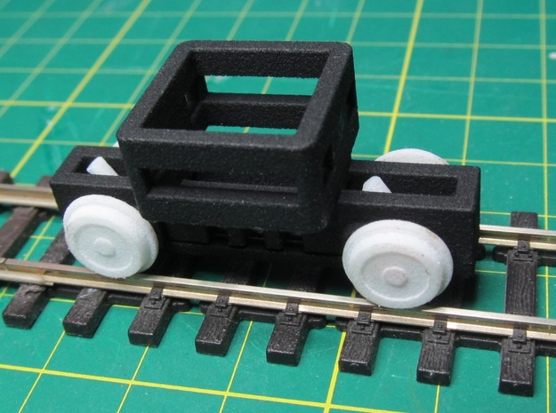 00n3 Free-Wheeler Chassis  in White Natural Versatile Plastic
