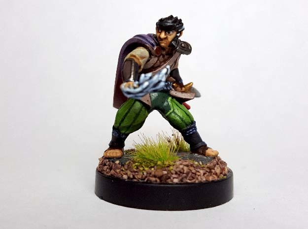 Halfling Arcane Trickster in Black Hi-Def Acrylate