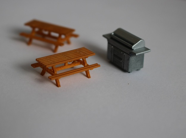 HO Scale BBQ+Picnic Benches in Smooth Fine Detail Plastic