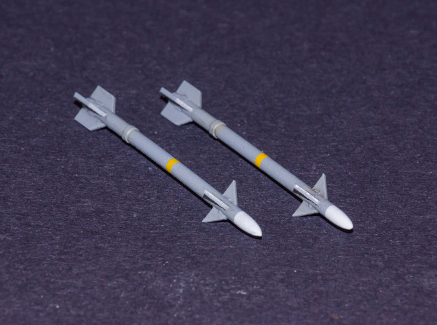 V4 R-Darter Air-to-Air Missile in Smooth Fine Detail Plastic: 1:72