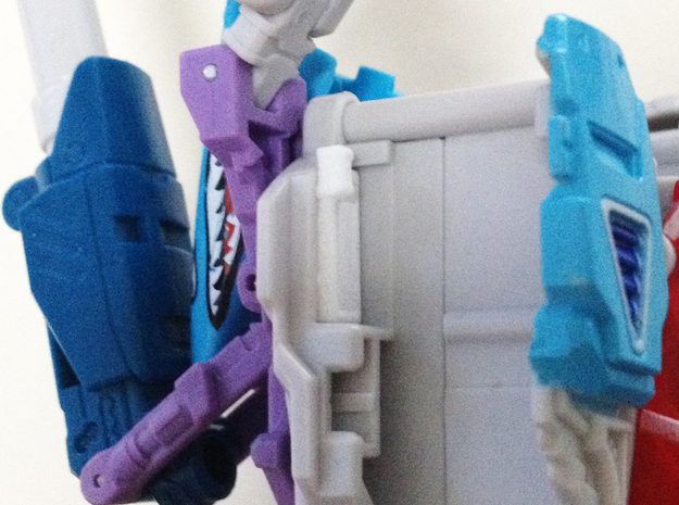 Generations Blitzwing Shoulder Fix