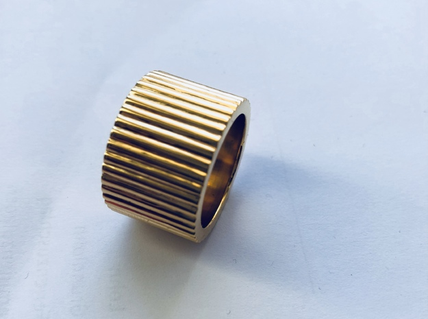 Ingranaggi Band Ring in Polished Brass