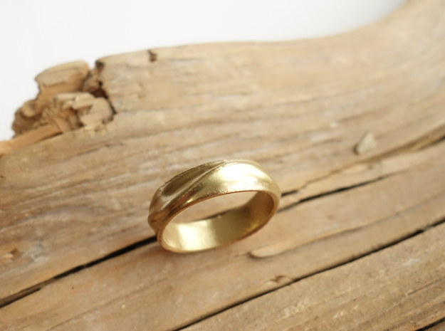 Ebb and Flow Ring No.1 - Gentle Curves, Size 7 in 14K Yellow Gold
