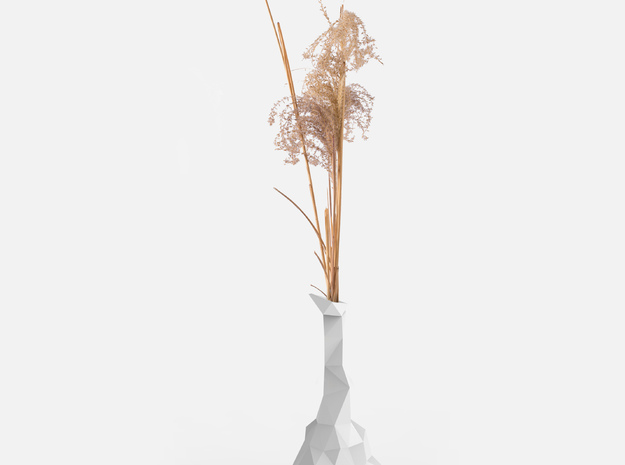 Common Random Vase in White Natural Versatile Plastic