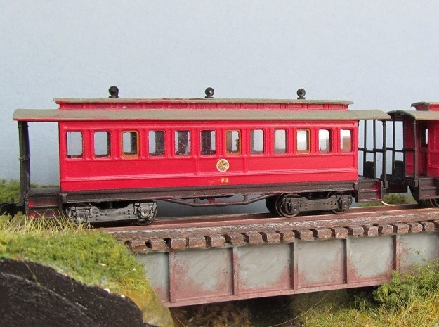TTn3 Long Tram Coach in Smooth Fine Detail Plastic