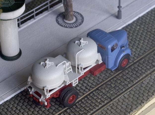 Bulk tank - Silo à ciment - Berliet GLR - HO - 1/8 in Smooth Fine Detail Plastic