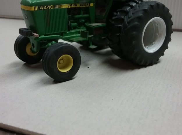 1/64 Authentic 2wd Tractor Front Rim X 10 in Smooth Fine Detail Plastic