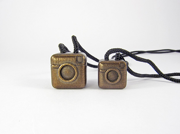 Instagram Style Camera (Pendant 20mm) 3d printed 20mm / 16mm - See the smaller version at my Shop!