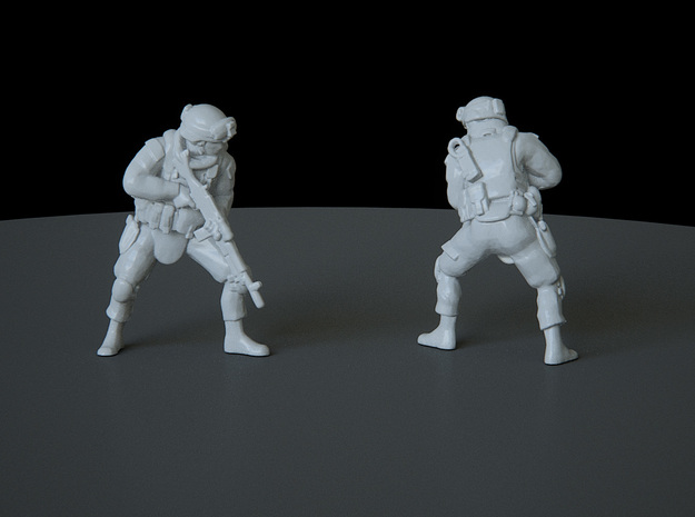 13 HO Modern Soldier (no base) in Smooth Fine Detail Plastic