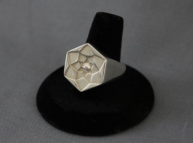 Lotus Ring in Fine Detail Polished Silver: 11.5 / 65.25
