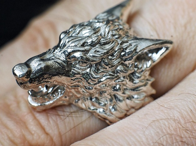 Wolf Ring in Polished Silver: 7 / 54
