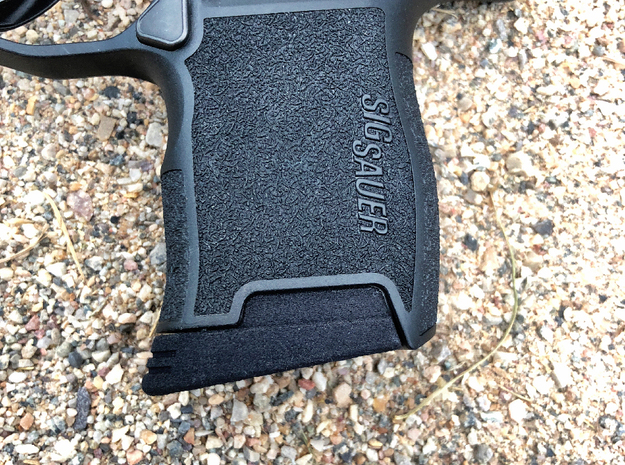 Small Extended Base Pad for SIG P365 in Black PA12