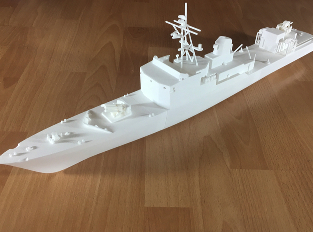 Thetis / Najade, Hull 1 of 3 (RC, 1:100) in White Natural Versatile Plastic