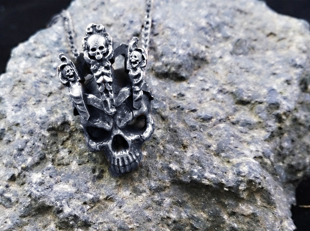 King of worm Skull Pendant in Antique Silver