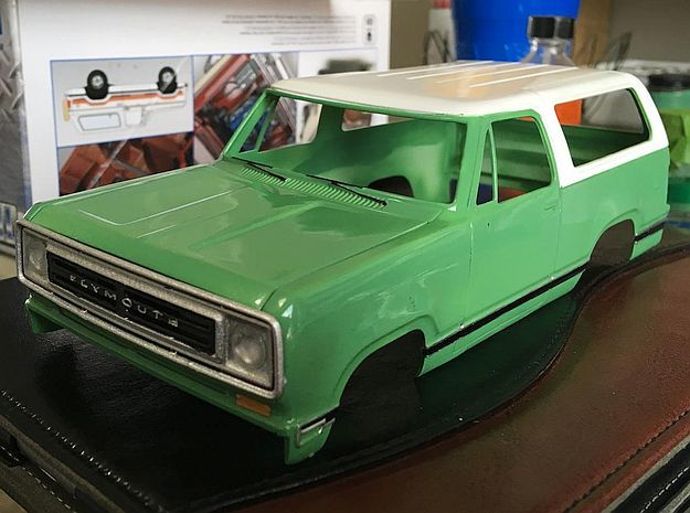 1/24 1974 Plymouth Trailduster Bonnet in Smooth Fine Detail Plastic
