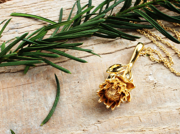 King Protea Pendant in 14k Gold Plated Brass