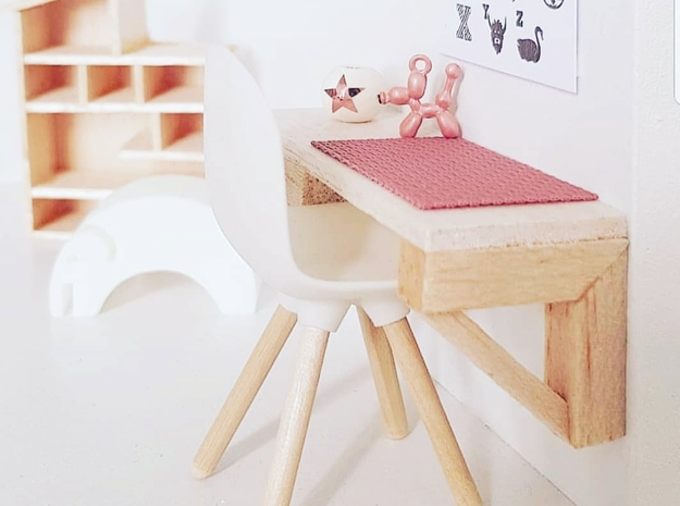1:12 Chair v1 wooden legs 2 in White Natural Versatile Plastic