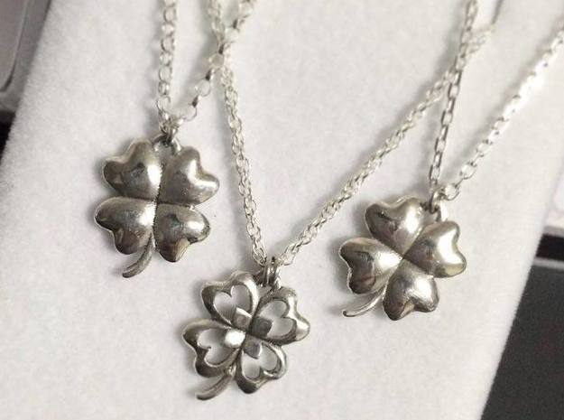 4 Leaf Clover Charm (with Cut-Out) in Polished Silver