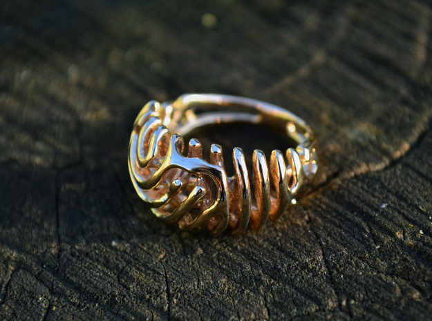 "Ring ""Wave"" in Polished Brass"