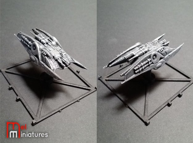 Heavy Cylon Raider 1/270