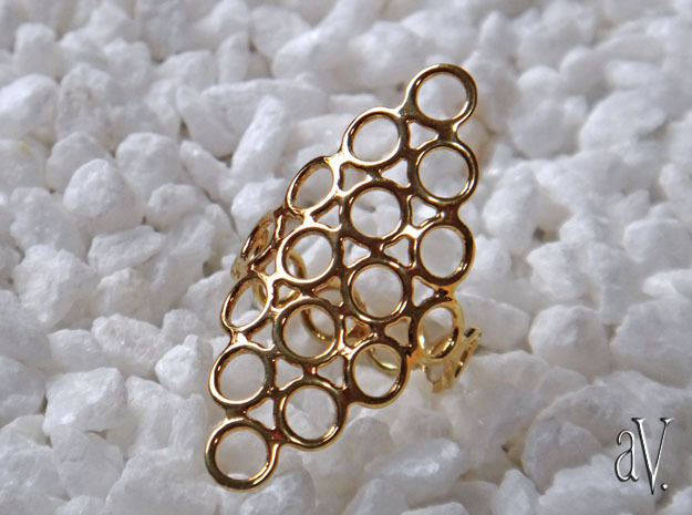 Round Bee 6T Open Ring in 14k Gold Plated: 10 / 61.5